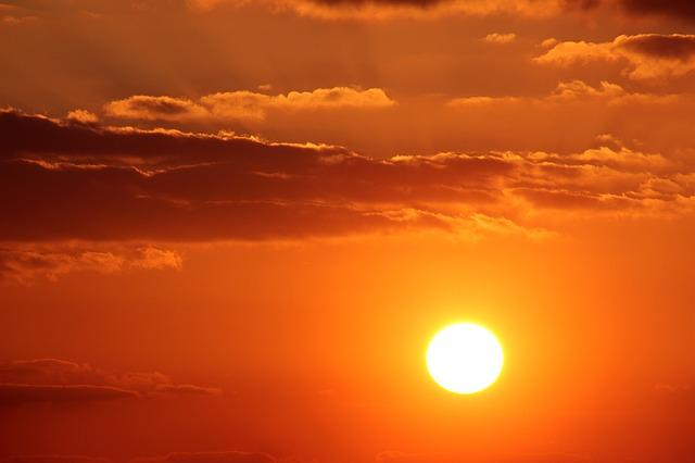 sunset-1339834_640